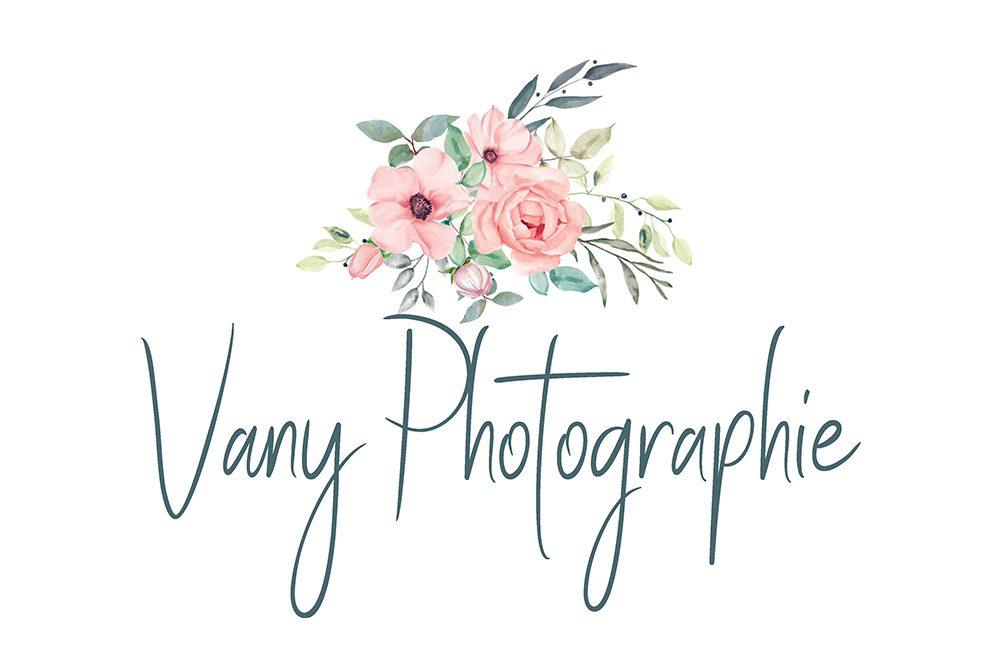 Vanessa Rouzier, Photographe Mayenne, maternité, nouveau né et mariage